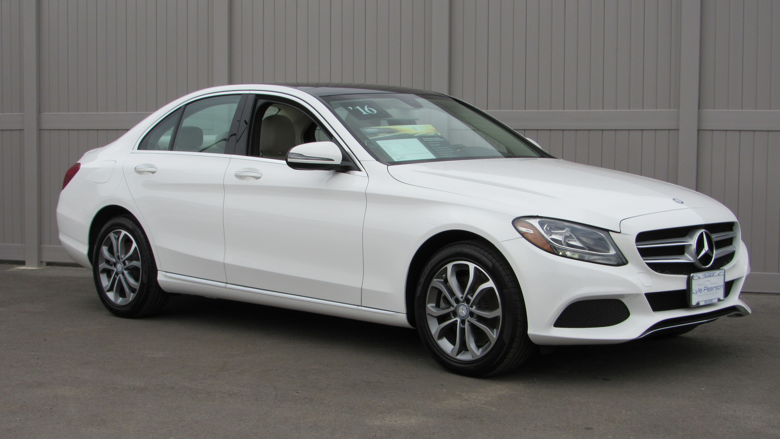 Pre Owned 2016 Mercedes Benz C Cl 4dr Sdn 300 4matic